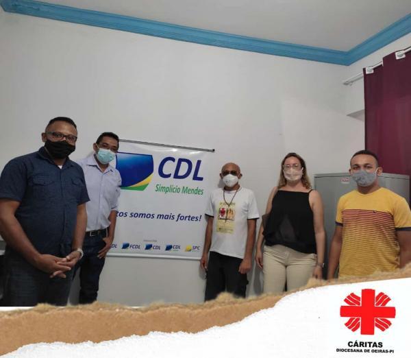 Cáritas de Oeiras busca apoio para Projeto junto a CDL de Simplício Mendes-PI