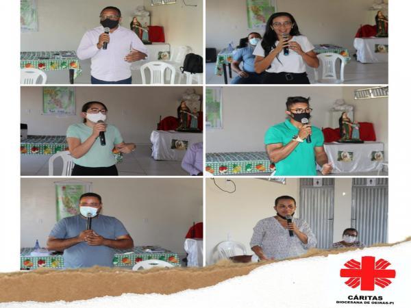 Alunos do Projeto QualificAção participam de roda de conversa em Arraial-PI